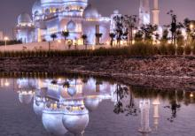 The Sheikh Zayed Mosque by Ali A. Al-Tamimi / © Ali A. Al-Tamimi