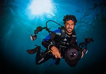 Hamdan Photography Award Organises Underwater Photography Workshop at Atlantis Aquarium