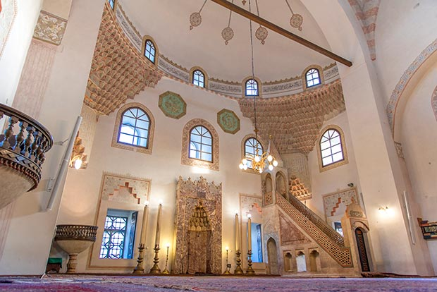 The ottoman masterpiece in sarajevo magazine islamic arts magazine the interior of the gazi husrev beg mosque photo islamic arts magazine thecheapjerseys